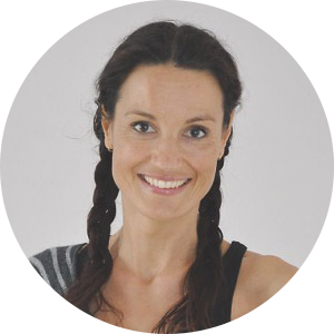 Thirza vd Hoef, yogadocent bij Yogacentrum Eemland