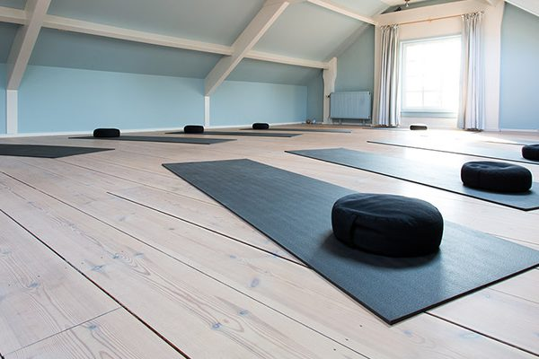 De yogazolder van Yogacentrum Eemland
